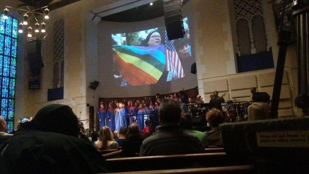 Bohoslužba v kostele Glide. FOTO - Viktória Hipšová