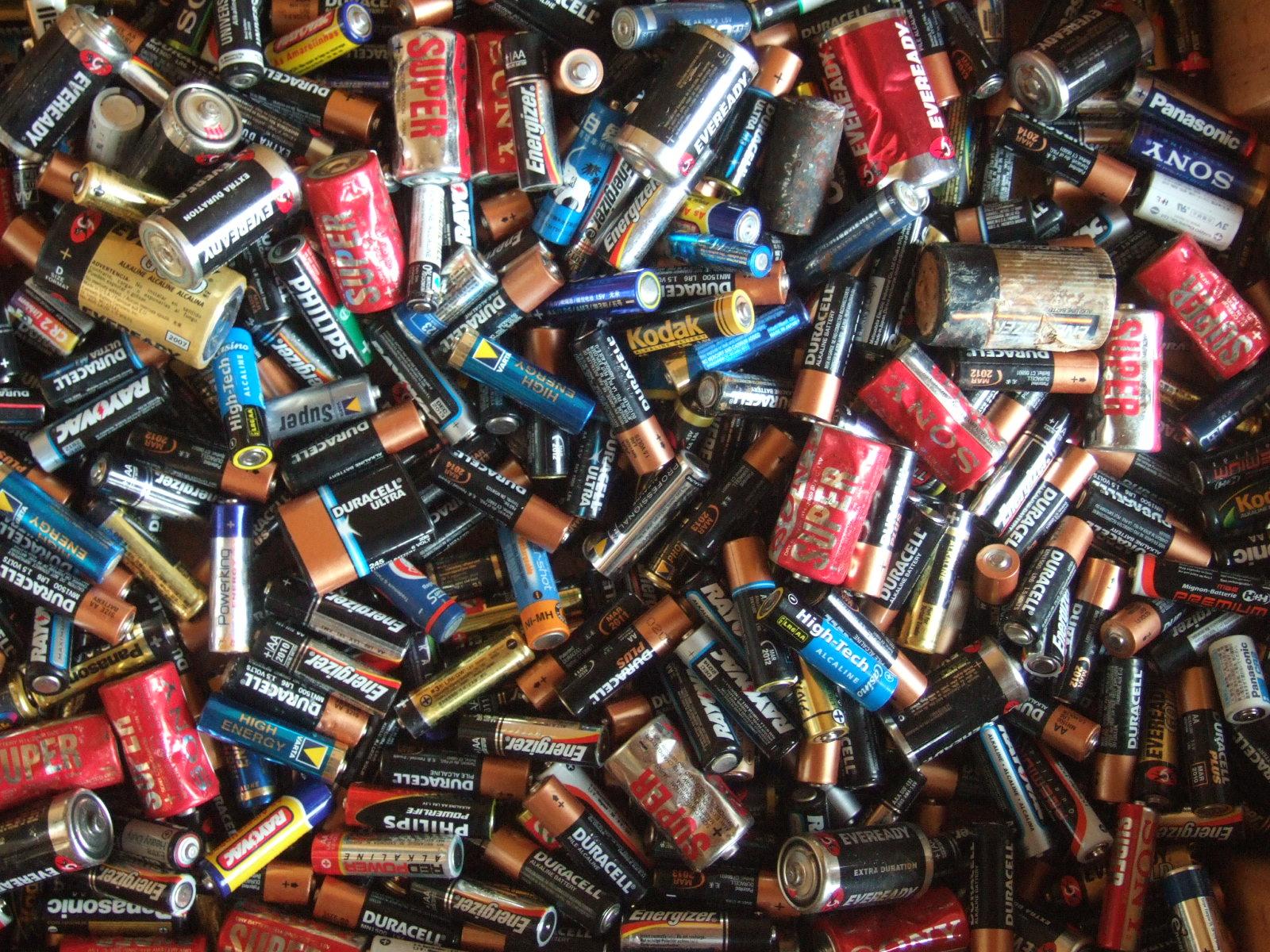 Slovensko podľa najnovších štatistík vyniká v zbere použitých batérií