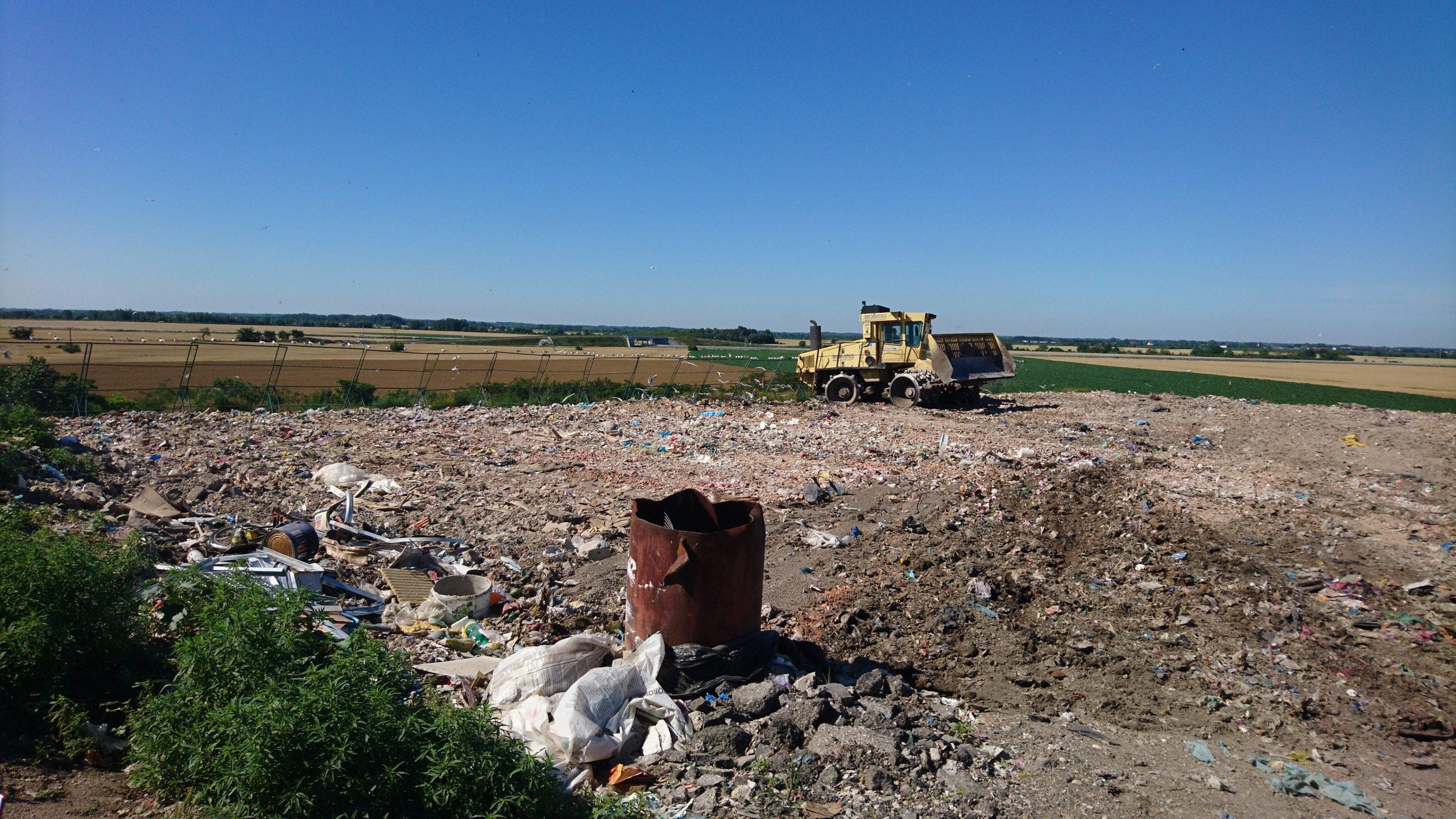 Polovica odpadu u nás stále končí na skládkach. Ako fungujú? Boli sme sa pozrieť