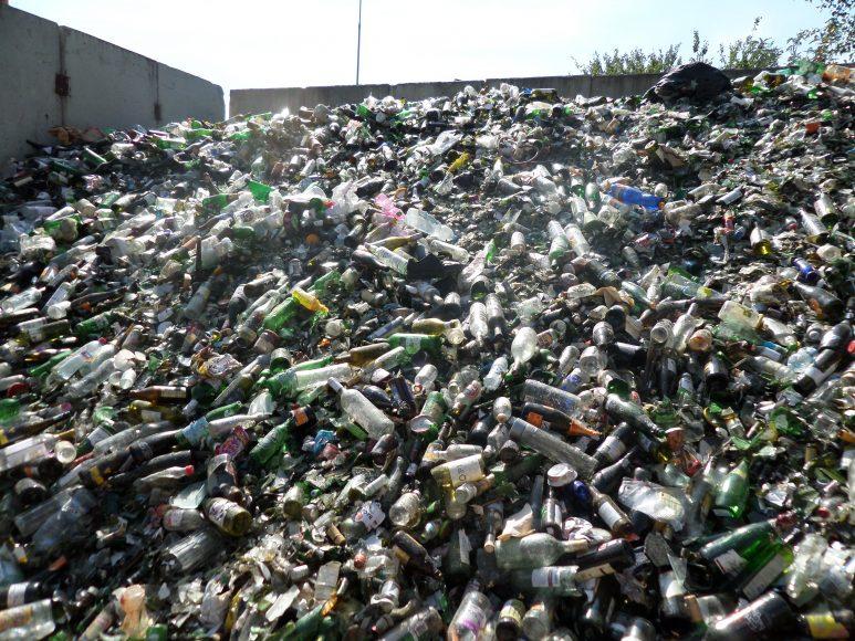 triedenie-odpadu-sklo