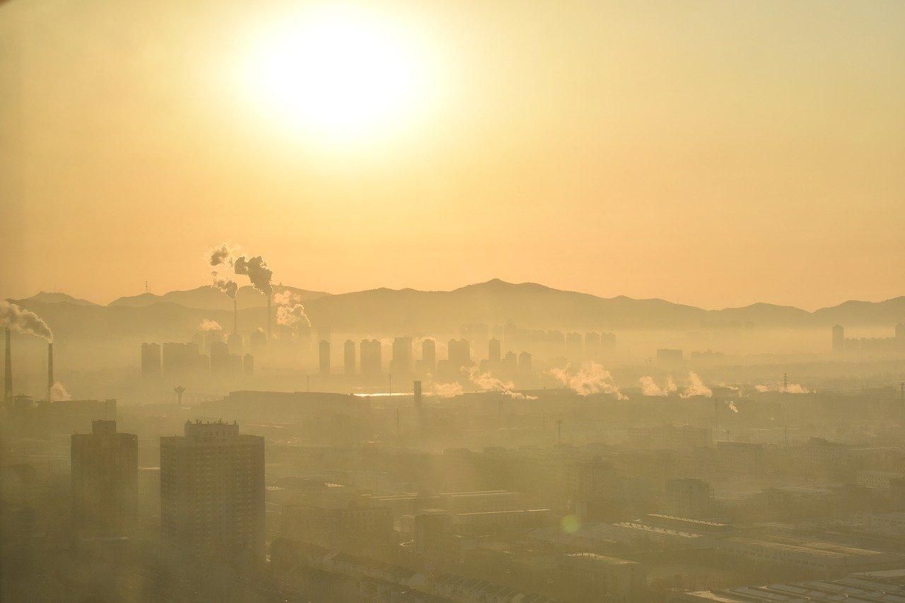 Koronavírus priniesol pokles emisií skleníkových plynov. Je to však dôvod na optimizmus?