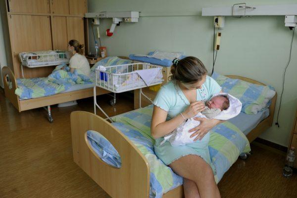 Nadštandardná izba pre šestonedelie v nemocnici na Antolskej. FOTO - unb.sk