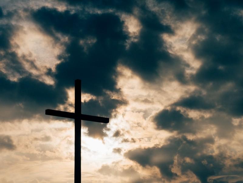 Za socializmu bola cirkev priestorom slobody a hľadania pravdy. Dnes by ma z kňazského semináru vyhodili, hovorí bývalý kňaz Miro Kocúr