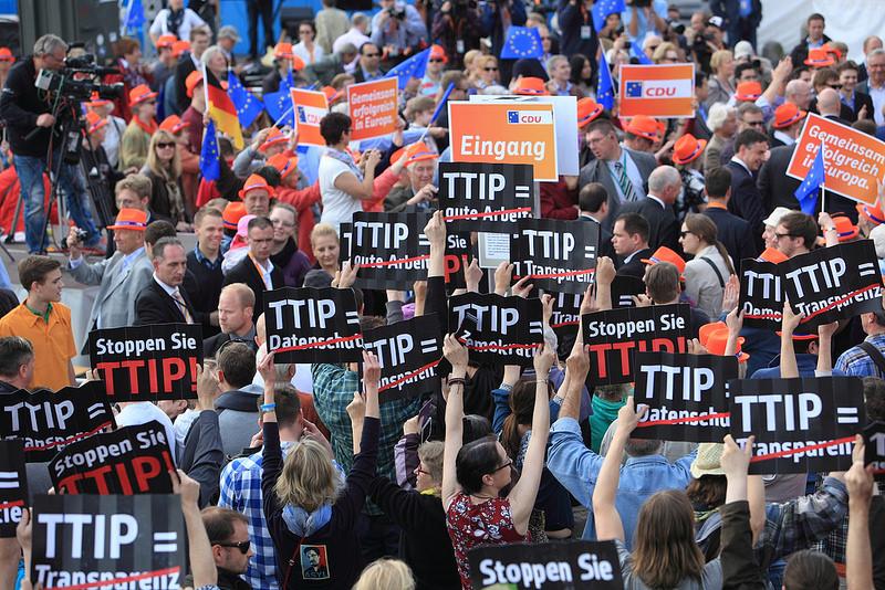 TTIP sľubuje rast ekonomiky. Je však možné rásť donekonečna?