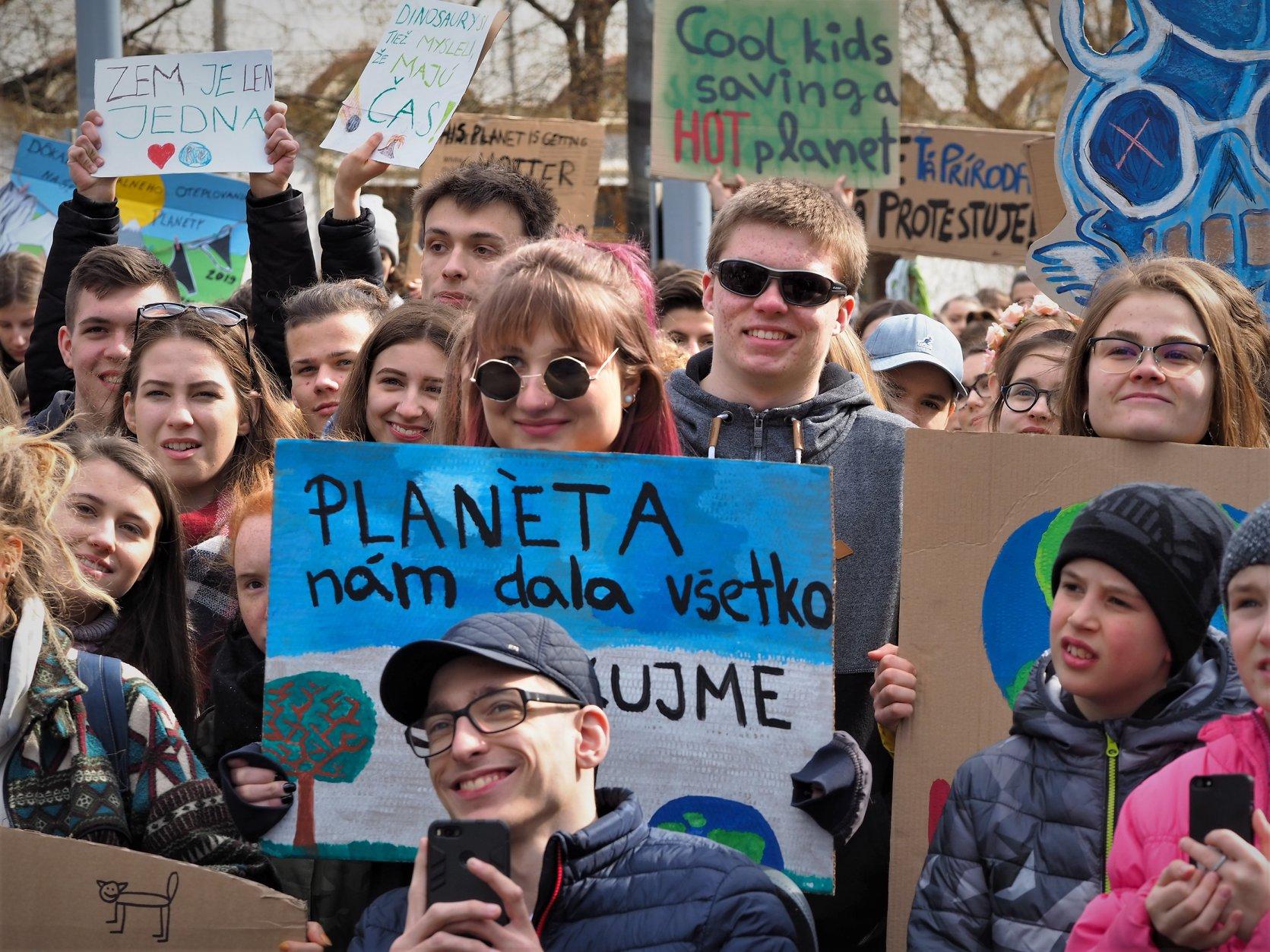 AUDIO: V piatok deti nešli do školy, štrajkovali proti zmene klímy