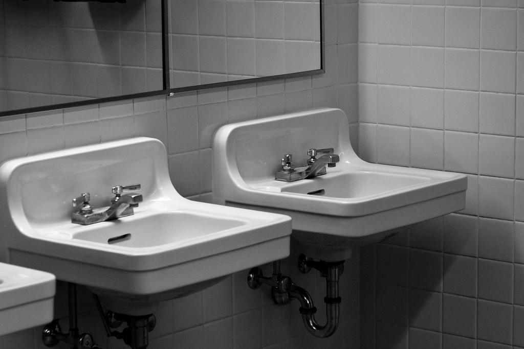 Čo do odtoku radšej neliať? Dá sa voda z čistiarne piť? Boli sme sa pozrieť, ako sa čistí voda