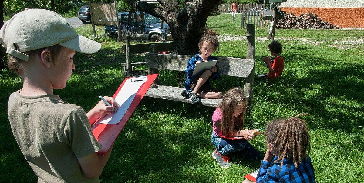 Na lazoch učí komunitná malotriedka deti samostatnosti a zodpovednosti